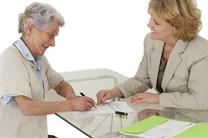 Différences entre procuration par notaire ou mandat d'inaptitude